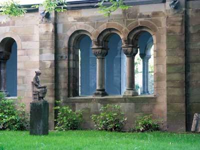 Bild: Detailaufnahme der Abtei.
