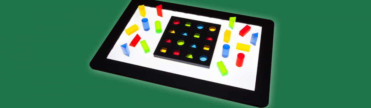 Neues Lernspiel B.4N mit Farbfilter und eingelegten Matrizen
